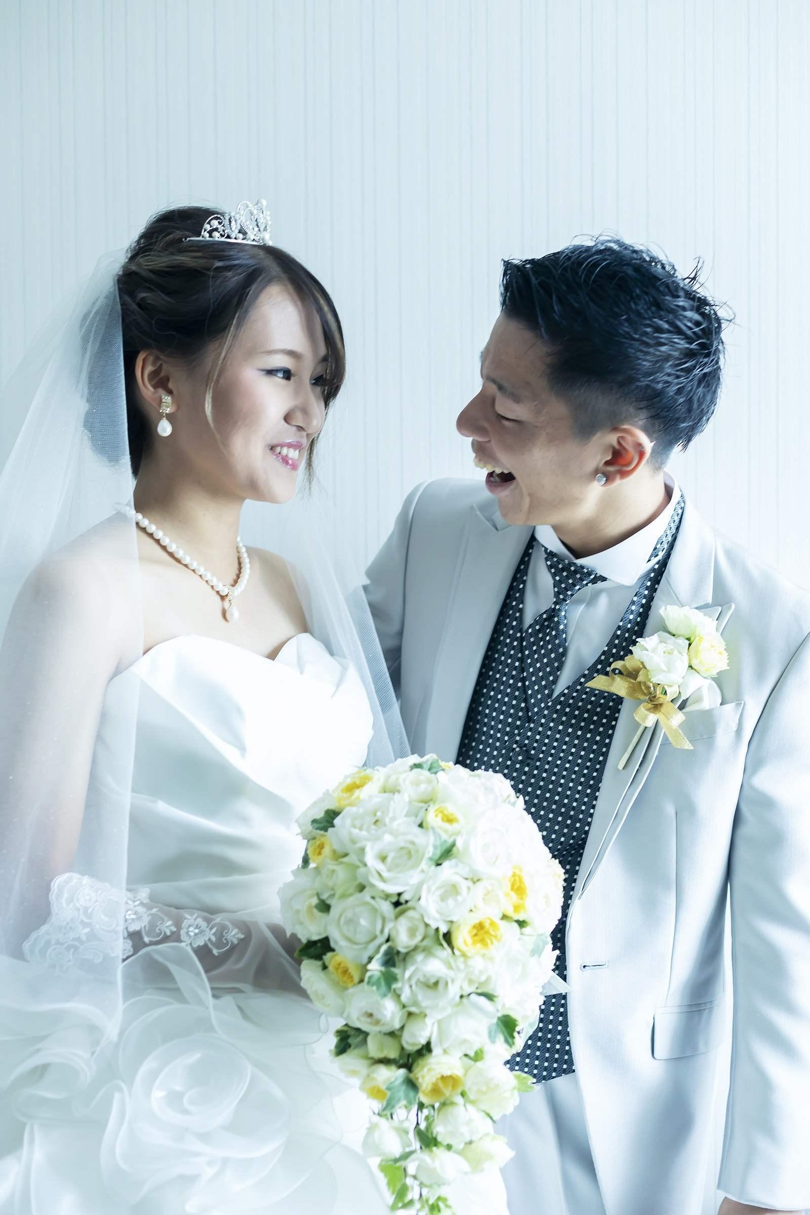 香川県高松市の小さな結婚式相談カウンターマリマリコンシェルジュのご紹介式場での新郎新婦