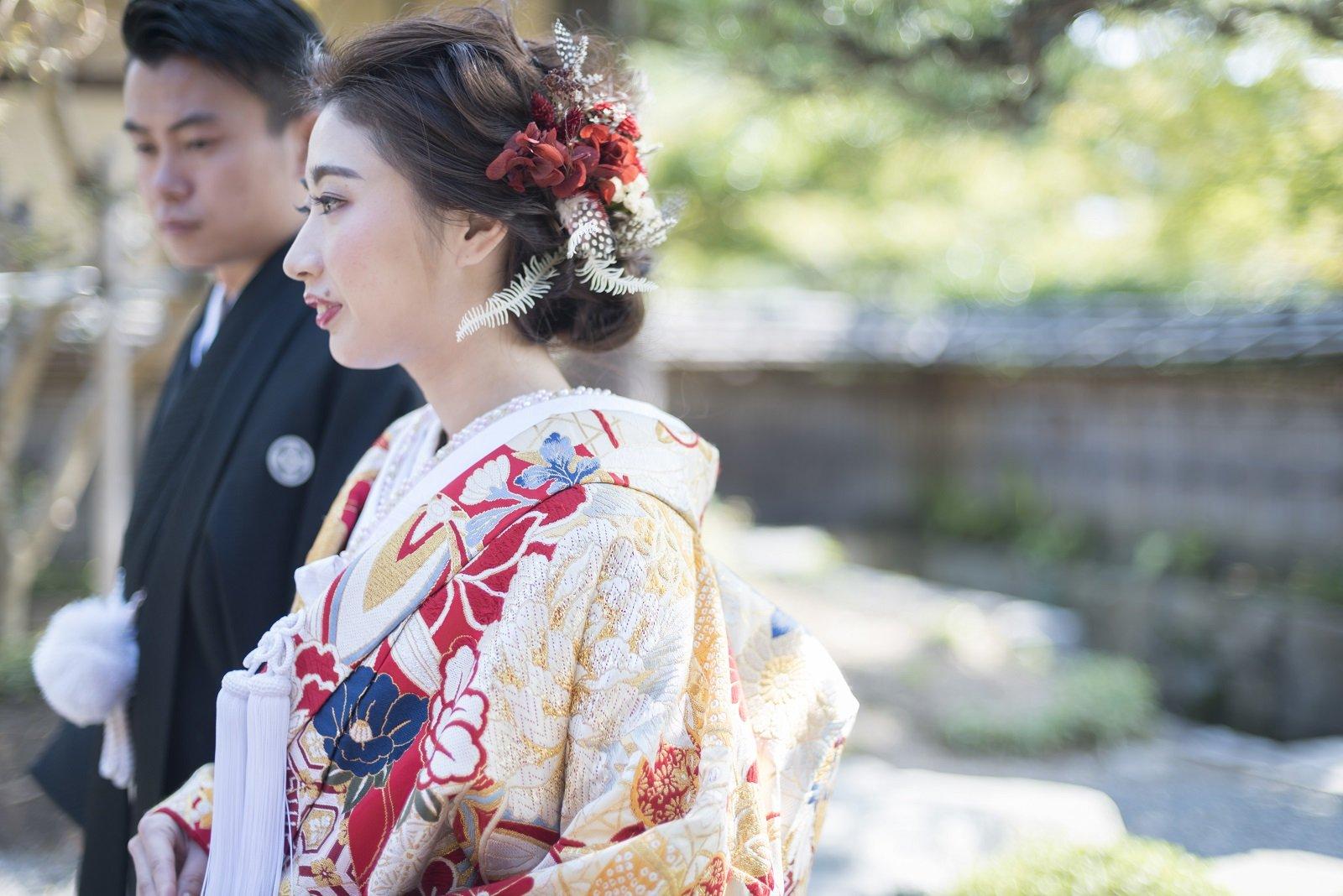 香川県高松市の小さな結婚式相談カウンターマリマリコンシェルジュのご紹介式場 弓絃葉の和装コーディネート