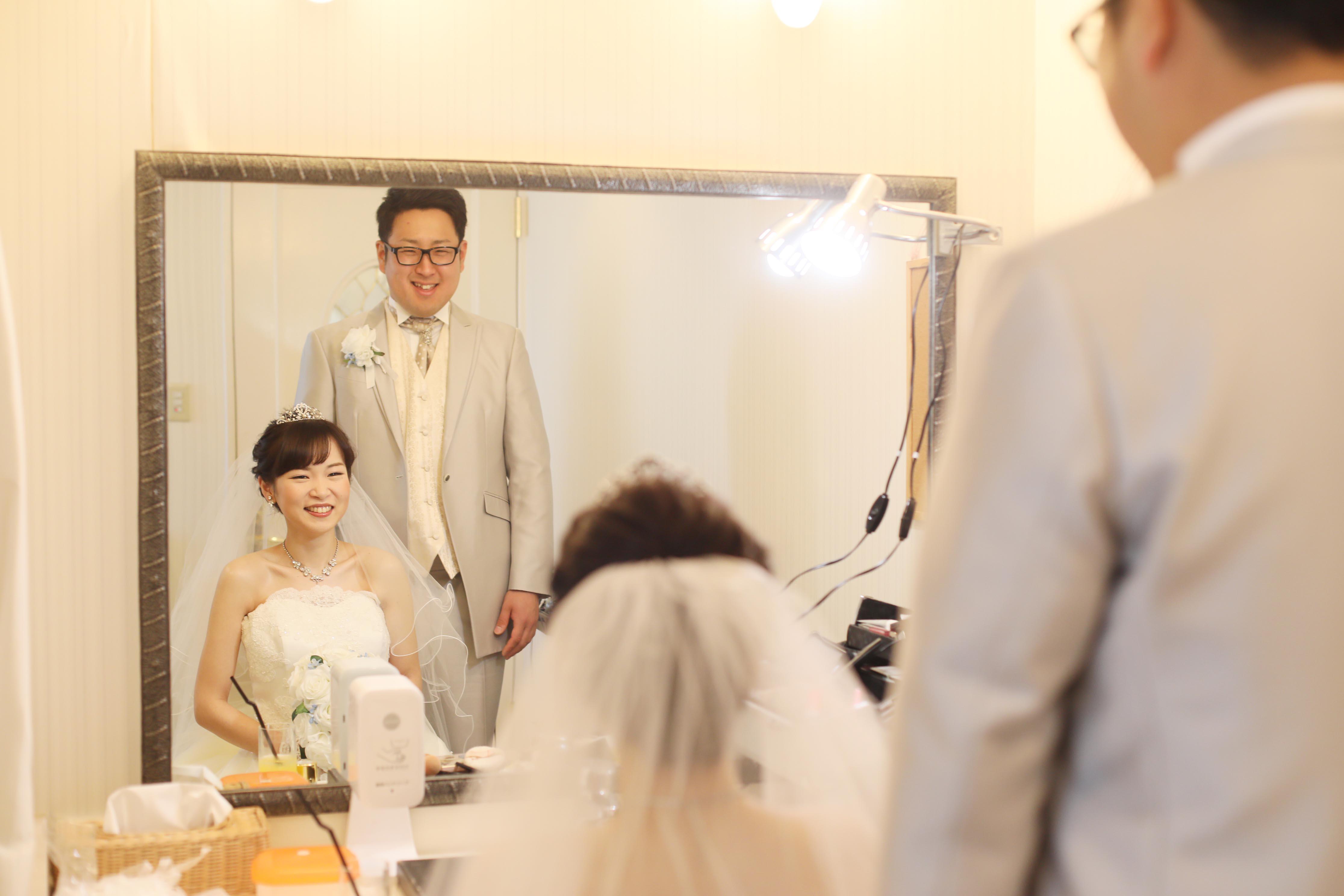 香川県高松市の小さな結婚式紹介所マリマリコンシェルジュのご紹介式場で控え室ショット