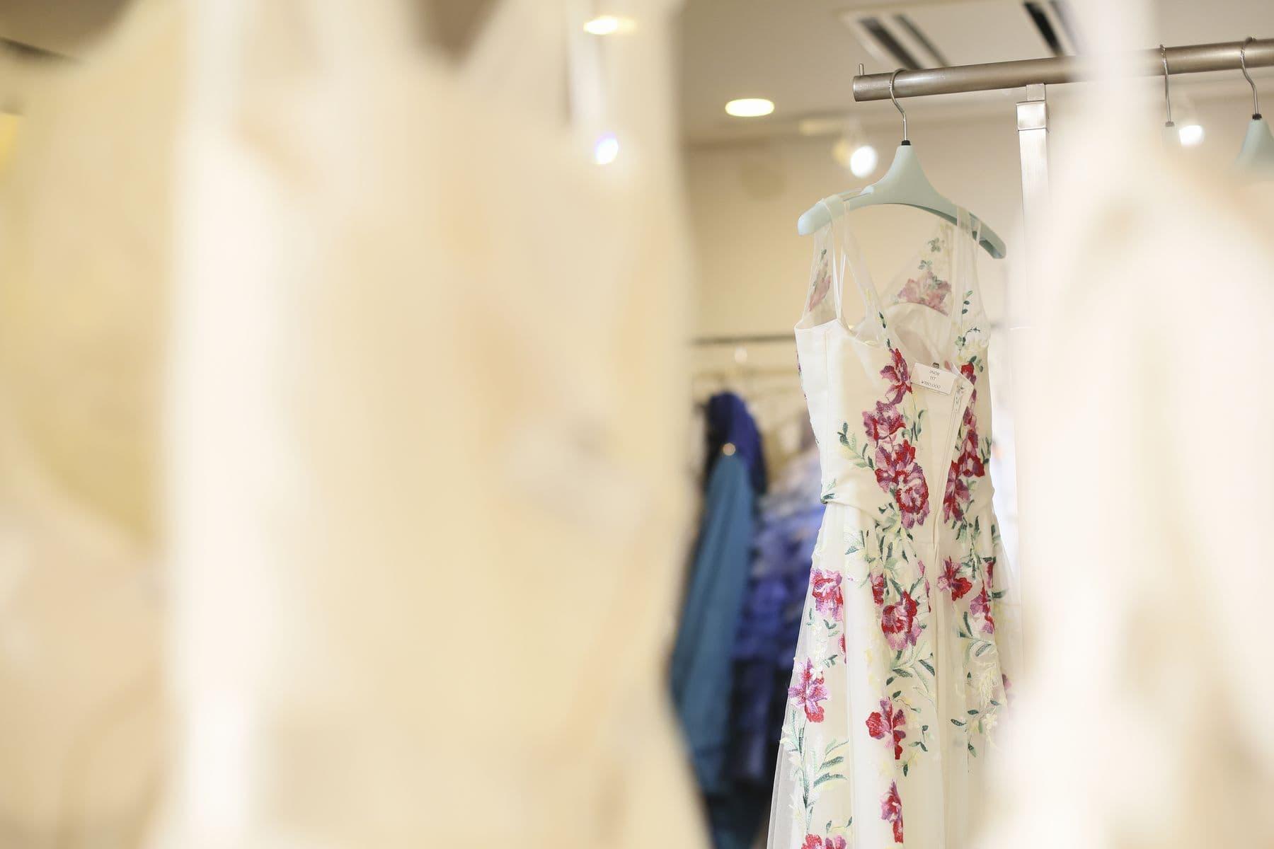 香川県高松市の衣裳店